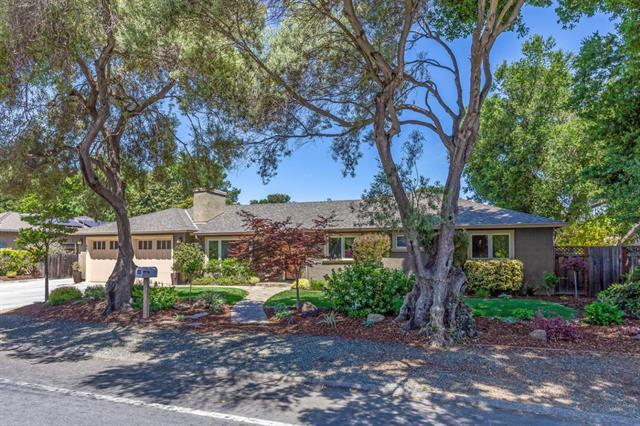 467 Cuesta DriveLos Altos, California 94024